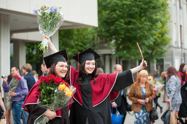 2015 m. diplomų teikimai