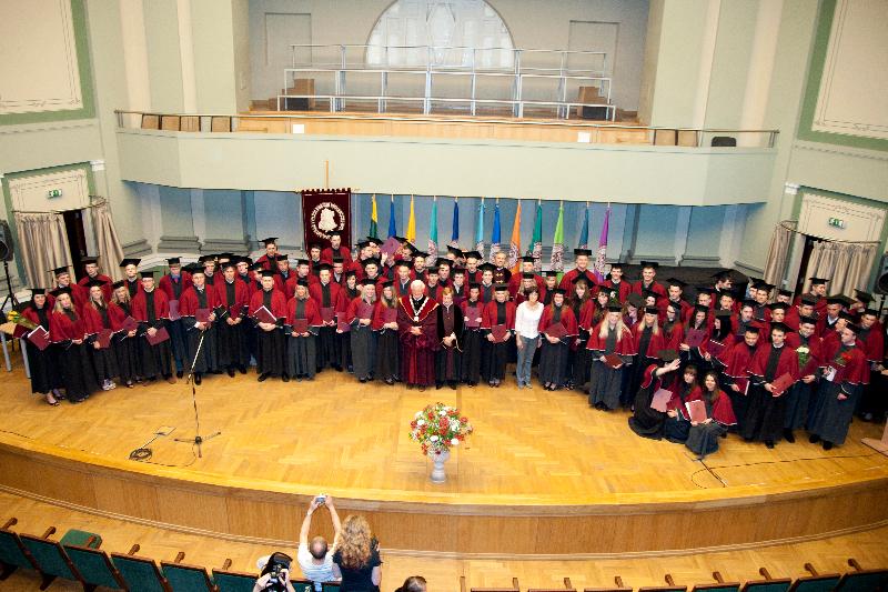 2011 m. diplomų teikimai