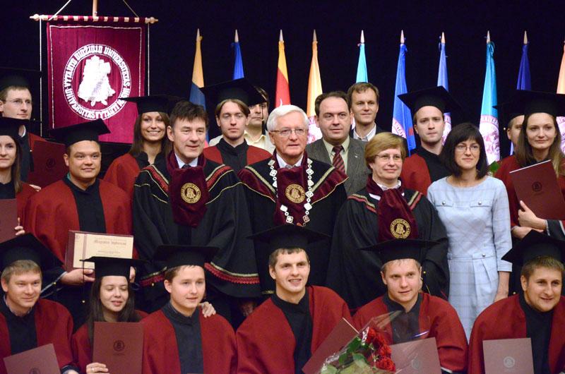2013 m. diplomų teikimai